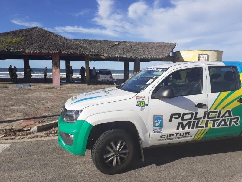 Consumo de bebida alcoólica em praias do PI é proibido durante o carnaval; entenda restrições