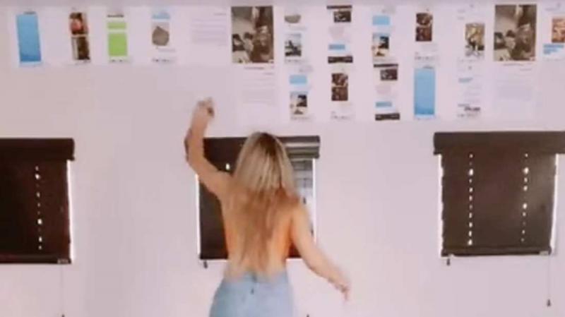 Influenciadora digital expõe no TikTok provas de traições em paredes do quarto do namorado