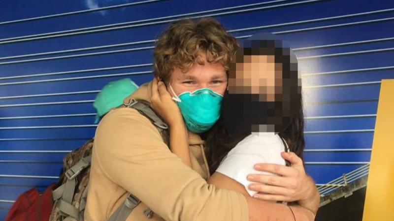 Vídeo: australiano desembarca em Teresina para encontrar piauiense que conheceu pela web