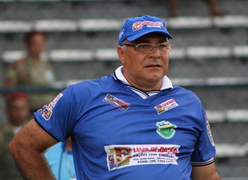 Ex-técnico do Altos morre de Covid-19 em hospital de Manaus
