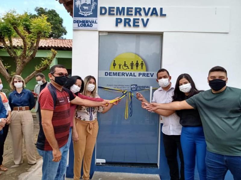 Demerval Lobão | Prefeito entrega nova sede do Fundo Previdenciário Municipal Demerval Prev
