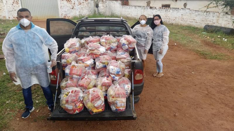 Músicos de Uruçuí recebem cestas básicas da PMU