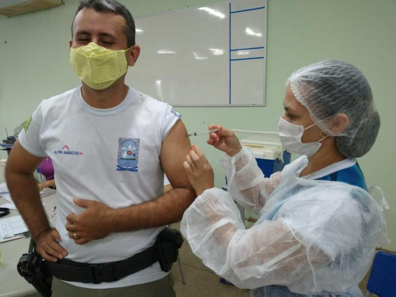 Covid-19: Piauí inicia vacinação de profissionais da Segurança