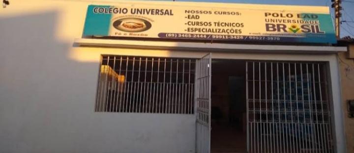 Faculdade em Valença do Piauí, não entrega Diploma a várias Turmas.